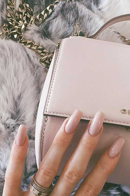 Nude Nails, Kylie Jenner Nails, Kylie Jenner, Bags, Nail Trends, Wallets