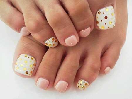Toe Nail, Nails, Toenails, Pedicures, Toenail Design, Polka Dots