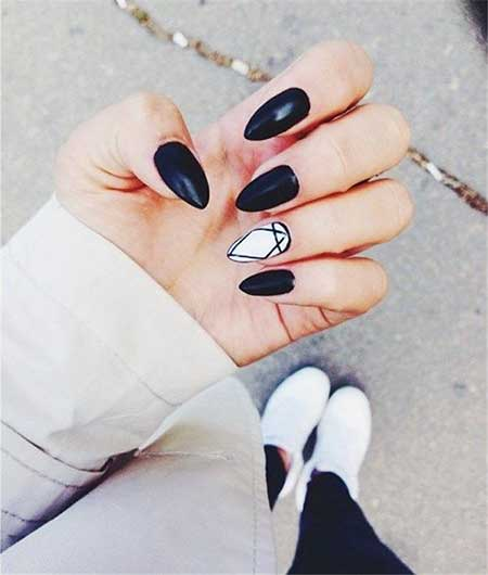 Stiletto Nails, Black Nail, Stilettos, Shaped Nails