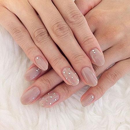 Nails Nail Nude Hilton