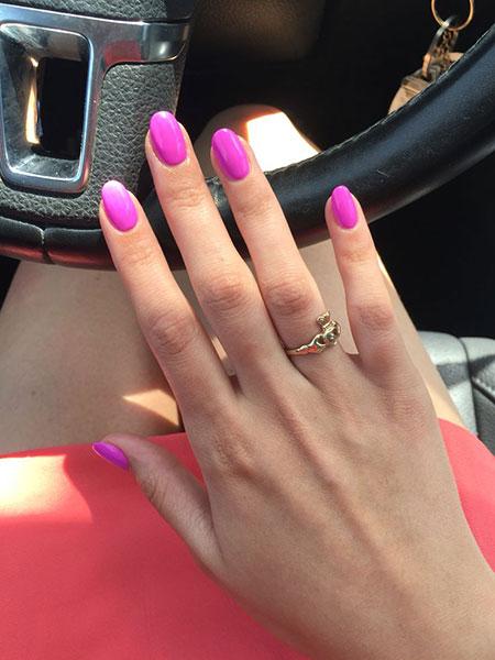Pink Acrylic Nail Round