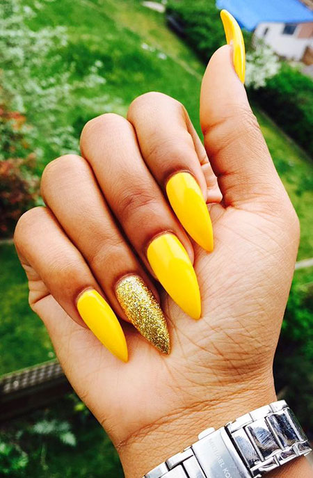 Yellow Manicure Best Matte