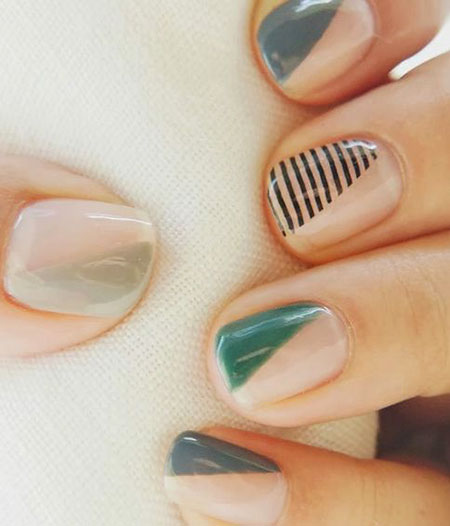 Manicure Green Geometric Stripes