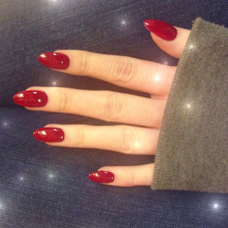 Red Oval Manicure Gel