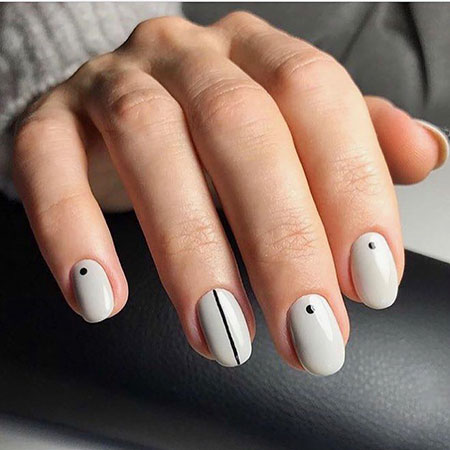 Short Manicure Cool Nägel