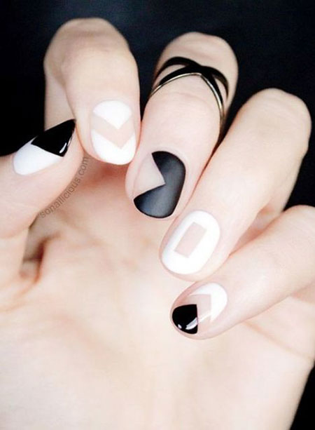 Chic Short French Manicure