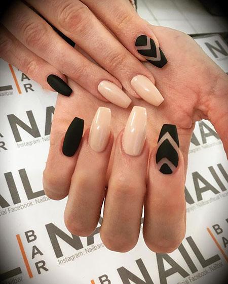 Nude Black Manicure Matte