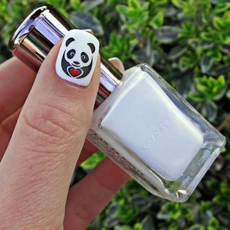Panda Halloween Manicure