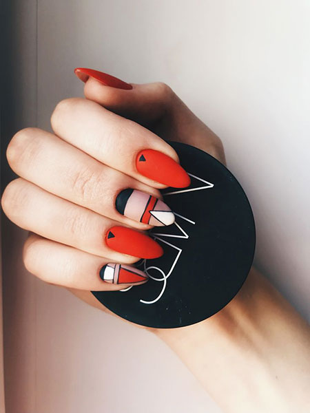 Manicure Red