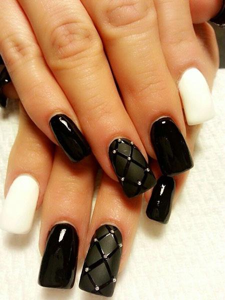 Black Matte Manicure Smink