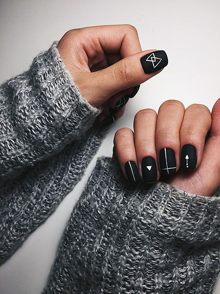 Black Matte Manicure New