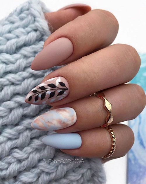 Short Nails Almond