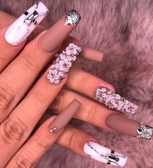 3D Nails And Lashes On Tidwell